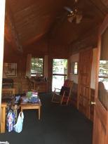 Columbia Gorge Riverside Lodge