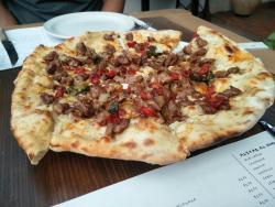 Nostalgia Pizzeria