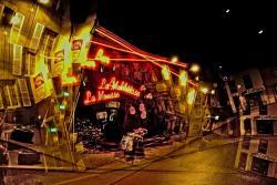 La Mousse by night