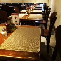 Petit Bistro Cafe