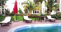 Lagoon Crest Hotel