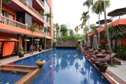Excellent borique hotel with wonderful staff, conveniently located