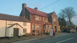 Fox & Hounds Hotel
