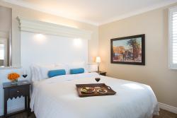 비치 하우스 호텔 앳 에르모사비치