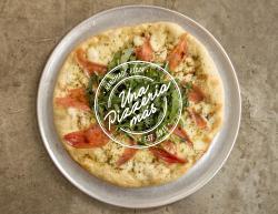 Una Pizzería Más