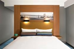 Aloft New York Brooklyn