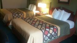 卡爾弗特城/肯塔基湖地區速 8 飯店