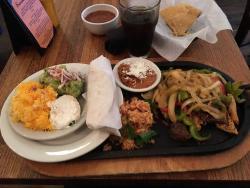 Mexicali Cocina Cantina