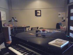 Piano Inn Stella