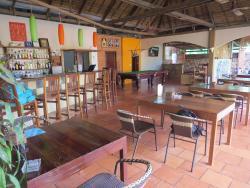 Salle à manger et réception