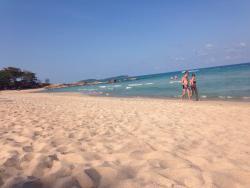 An sich eine sehr schöne Anlage mit toller Lage und schönem ruhigen Strand.
