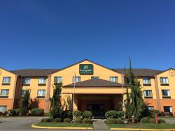 Evergreen Inn and Suites
