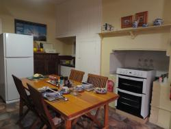 very good cooking and dining area