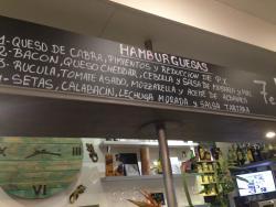 PURA Vida Cafe Bar