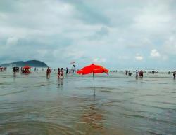 Riviera De São Lourenço Beach