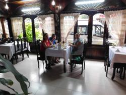 An phu Restaurant