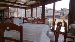 皮里歐利酒店