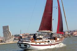 Furanai Sailboat Tours