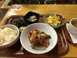 Yasaichokubai Green Café