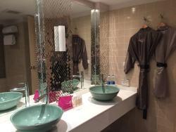 Nice bathroom, robes included