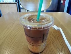 アイス ショートコーヒー(302円)