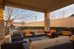Courtyard Sacramento Folsom