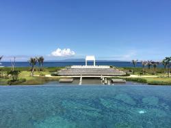 Пафосный отель в Балийской глуши