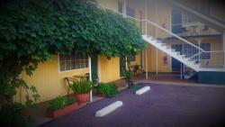 Bradman Motor Inn