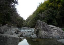 大阪府にも渓谷美を楽しめるスポットがあります