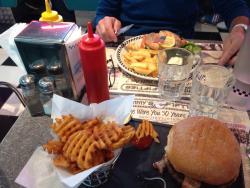 Tommy's Diner Le Pontet