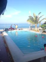 Brisa Marina Beachfront Resort
