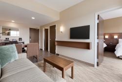 Living room 2 Queen 1 bedroom Suite