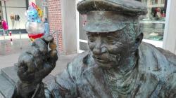 Bronzestatue August Felten