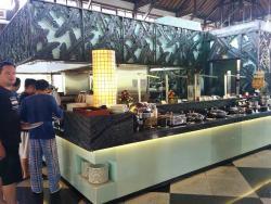 Donbiu Restaurant for Breakfast
