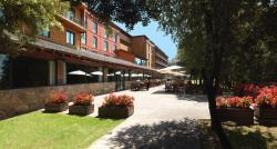 Montanya Hotel & Lodge