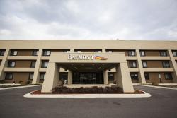 Baymont Inn and Suites Glenview