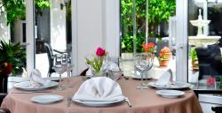 El Claustro (Hotel Alboran)