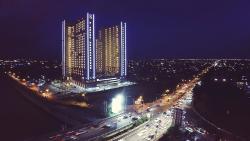 Gunawangsa Merr Hotel