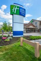 Holiday Inn Express & Suites Tilton