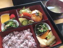 Nariishi Cafe