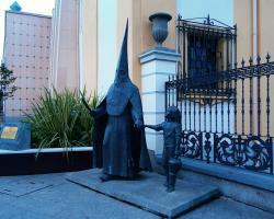 Monumento a la Semana Santa ceuti