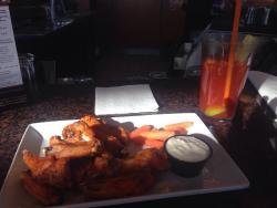 Rideau Bar & Grill