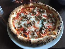 Luigia's pizza