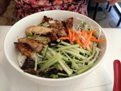 II Dua Vietnamese Restaurant
