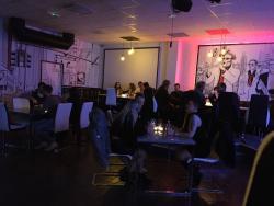 Tony's Restaurant og Bar