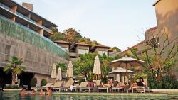 โรงแรมที่สูงติดเขา สระน้ำสวย วิวดีมาก พนักงานเป็นกันเอง คุ้มค่ากับราคา
