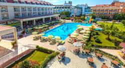 White Lilyum Hotel