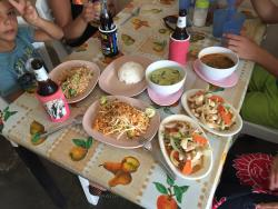 Home's Food Thai Food