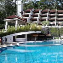 Pines Garden Hotel