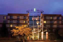 โรงแรมเอมบาสซีสวีทส์ ซีแอตเทิลนอร์ทลินน์วูด